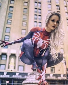Rate the Cosplay from 1 to . The Amazing Spider-Woman by Hendo .