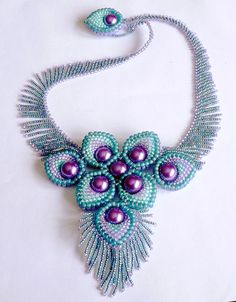 The BeadSmith Presents: Peacock Necklace - Bead&Button Show