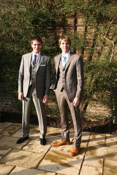 Oliver and James Phelps Oliver Phelps, Phelps Twins, Hogwarts Letter, Yer A Wizard Harry, Weasley Twins, Well Dressed Men, Boys Who, Harry Potter, Fantastic Beasts