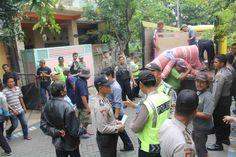 Polresta Sidoarjo Melaksanakan Pengamanan Eksekusi Rumah Perumahan Gading Fajar 1