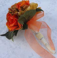 Mira este artículo en mi tienda de Etsy: https://www.etsy.com/listing/238299719/fall-bridal-bouquet-burnt-orange-roses