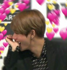 This is a Community where everyone can express their love for the Kpop group BTS Jimin, Bts Taehyung, Bts Meme Faces, Funny Faces, Yoonmin, K Pop, Bts Emoji, Heart Meme, Cute Love Memes