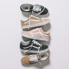 Our favorite #Vans Old Skools.