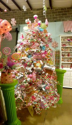 Candyland tree--- one day this will be my Christmas tree...