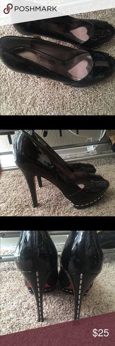 Paris Hilton size 8 heels Patton leather pink bottom Paris Hilton peep toe heels Shoes Heels