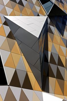 Myer Bourke Street Redevelopment in Australia, Melbourne by NH artitecture architecture masterpiece Facade Architecture, Amazing Architecture, Installation Architecture, Building Facade, Art Moderne, Built Environment, Architectural Elements, Beautiful Buildings, Textures Patterns