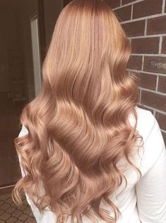 Strawberry Blonde Hair Color, Strawberry Blonde Hairstyles, Strawberry Blonde Hair Dye, Gold Hair Colors, Brown Blonde Hair, Blonde Rose Gold Hair, Blondish Brown Hair, Red Hair, Honey Brown Hair Color