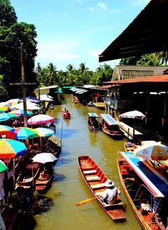 Klongs, Bangkok, Thailand http://viaggi.asiatica.com/