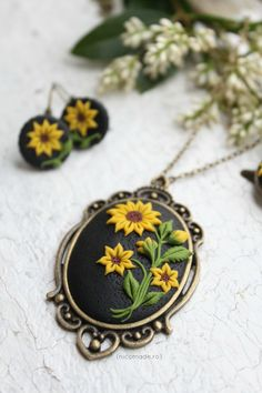Sunflower - Polymer clay necklace