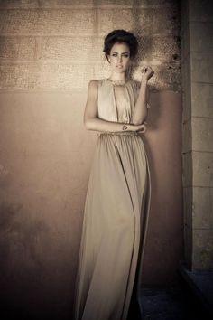 Lavish Dresses and Exotic Jewelry at the Liz Martinez Photoshoot - Fashion | Popbee