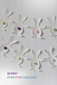 DIY Bunny Pom Pom Garland. Quick craft for Easter, to do with or without the kids!