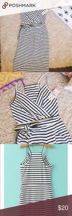 New black & white striped dress Such a beautiful dress for summer! Very flattering to the figure! New with tags Dresses