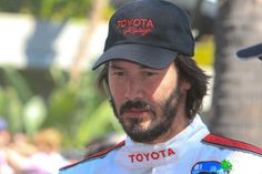 WHY DO WE LOVE KEANU? Because of this look. Yep, this one. (chicfoo) keanu