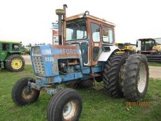 Ford Tractors, Vintage Tractors, Engin, Farm Life, Farming, Techno, Garage, Classic, Agricultural Implements