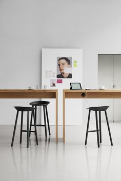 High table PONTE with concealed wire management. / www.e15.com #office #agency #interiordesign
