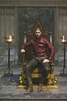Tom Hiddleston - Henry V