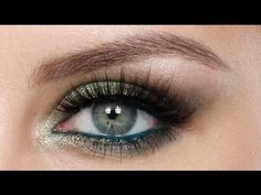 Magnetic Green Look - Makeup