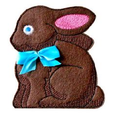 It's sewn on felt and is a sew-in-the-hoop treat bag that includes instructions. So easy and fun to make! Chocolate Bunny, Free Machine Embroidery Designs, Picture Design, Treat Bags, Design Projects, Bag Tutorials, Bag Design, Sewing, Hoop
