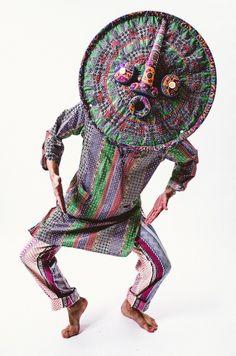 Shin Murayama, The Mask of The Sun, 2013 Un outtake de la plaque 2 de A Chambre Spécimen Photographié par JIMA