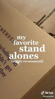 Book List Must Read, Top Books To Read, Fantasy Books To Read, Book Lists, Good Books, Teenage Books To Read, Best Books For Teens, Book Suggestions, Book Recommendations