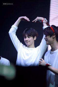 [19.12.15] SnowFlake date - EunWoo e MoonBin