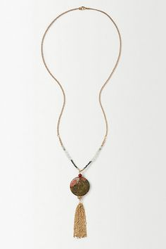 Gilded Tassel Pendant - anthropologie.eu