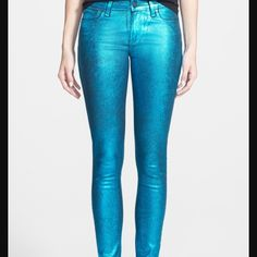 """Paige Verdugo Super Skinny Turquiose women jeans Turquiose 'Verdugo' Ultra Skinny Jeans Size: 29 Color: Turquiose Crackle  Italian foil distressed by hand, then coated onto black denim for a unique textured look.This pair comes in a bold metallic turquoise wash and features a textured crackle finish for a glam look that's made for nighttime. Italian foil distressed by hand, then coated onto black denim for a unique textured look.  Waist: 14-1/2"""" Hips: 16"""" Front Rise: 9 Inseam: 30""""  Fabric…"""