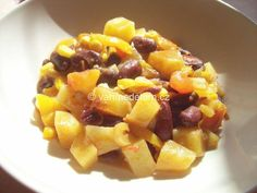 Fazole s bramborami a zeleninou (foto)