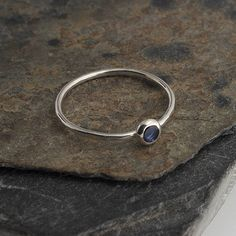 Blue Sapphire Shiny Hammered Ring, Stacking Stone Minimalist, Skinny Ring, Stackable Silver Ring, Modern Minimalist Ring, Birthstone Jewelry