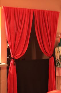 """for around the dutch door?  Could we do a real """"travelling"""" curtain?  Think. think. think."""