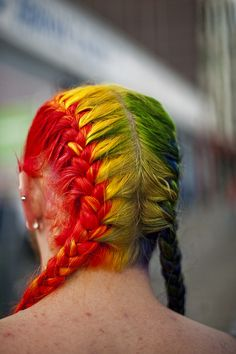 Braids of color