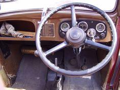 AC original side and door trim details Austin Cars, Austin Seven, Door Trims, Old Cars, Vintage Cars, The Originals, Pearl, Executive Dashboard, Bead