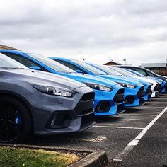 Get in line #ford #focus #focusrs #fordlife #instadaily #photooftheday #automotive #saturday