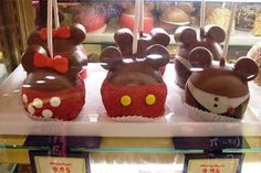 DIY Mickey and Minnie Candy Apples | Home is Where the Mouse is
