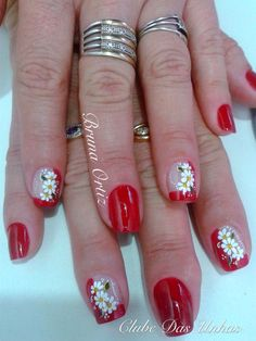 Sunflower Nail Art, Hot Nails, Christmas Nails, Summer Nails, Nail Designs, Nail Polish, Red, Color, Inspiration