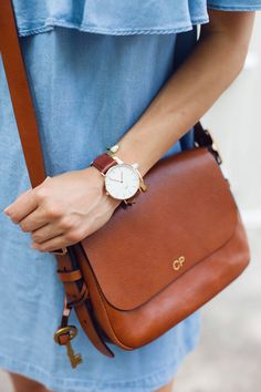 chambray off the shoulder dress, crossbody bag, summer dresses, nyc bloggers, christine petric, the view from 5 ft. 2