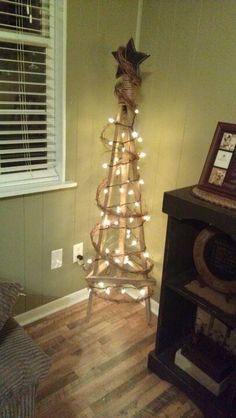 Tobacco Stick Tree, this will be my kinda of tree this year! Perfect idea