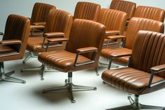 Osvaldo Borsani P126 Leather Executive Chairs
