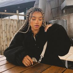 Cute Box Braids Hairstyles, Braids Hairstyles Pictures, Black Girl Braids, Braided Hairstyles For Black Women, African Braids Hairstyles, Baddie Hairstyles, Pretty Hairstyles, Girl Hairstyles, Curly Hair Styles