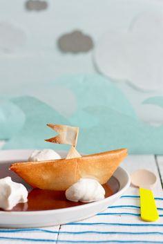 Maman, les ptits bateaux… (Filo pastry boats on chocolate mousse/creme)