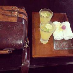 My favorite shoulder bag. #bag #brown #leather #orange #freshtowel #holiday #TheRoyalPitaMaha