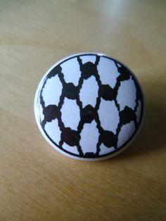 Keffiyeh/Kufiya Palestine Button Pin