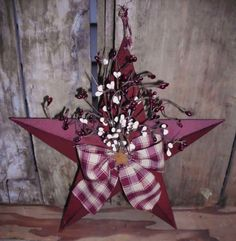 """Primitive 12"""" Burgandy Barn Star with Pip Berries and Homespun Fabric on Etsy, $11.95"""