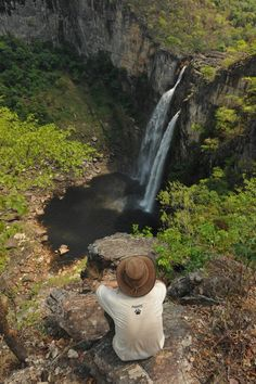 Parque Nacional da Chapada dos Veadeiros,  Goiás, Brasil Places To Travel, Places To See, Go Brazil, Adventure Is Out There, Great View, Amazing Nature, Beautiful Beaches, The Great Outdoors, South America