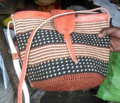 African Sling Bag,kiondo,purse,slingbag.Made of quality sisal and leather for zipper. Boho,bohochic,African,African bag.