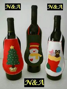 🌲 ⛄ Artesanatos: Avental de Garrafa em Feltro - Natal - / 🌲 ⛄ Crafts: Bottle Apron on Felt - Christmas - Christmas Wine, Felt Christmas Ornaments, Felt Decorations, Christmas Decorations, Christmas Projects, Holiday Crafts, Deco Table Noel, Theme Noel, Wine Bottle Crafts
