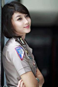 polwan Intan bugil at DuckDuckGo Beautiful Girl Image, Beautiful Asian Girls, Beautiful Women, Amazing Women, Female Cop, Female Soldier, Beauty Army, Beauty Women, Korean Beauty