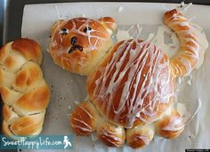Get the Cardamom Tiger Bread recipe by Sweet Happy Life Tiger Bread, Bread Shaping, Yeast Rolls, Dessert Dishes, Challah, Quick Bread, Michel, Bread Recipes, Photos