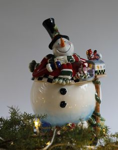 Christmas Decorations, Christmas Ornaments, Holiday Decor, Snow Globes, Decorating, Home Decor, Decor, Decoration, Decoration Home