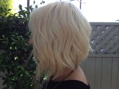 The shaggy, a-line beachy bob haircut. The texturized look creates volume and body with longer layers towards the face. I can't wait to cut my hair! Easy Short Haircuts, Inverted Bob Hairstyles, Short Hair Cuts, Popular Haircuts, Cut My Hair, Love Hair, New Hair, Medium Hair Styles, Short Hair Styles